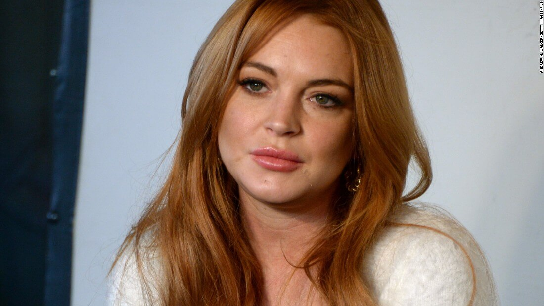 Charlie Sheen Tried To Help Get Lindsay Lohan Out Of Tax Debt, But Failed
