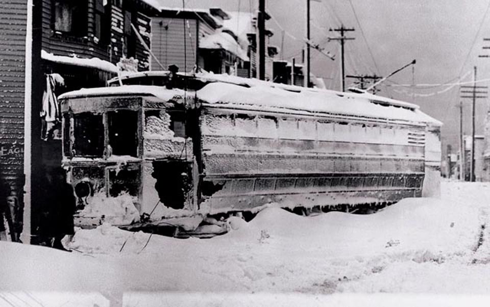 """The White Hurricane"" of 1913.jpg"
