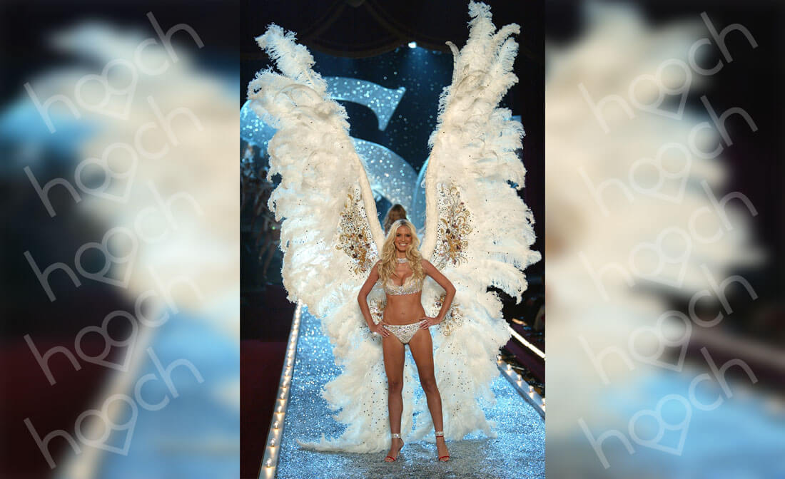 Heidi Klum Wore 12-Foot Wings And An $11 Million-Dollar Bra