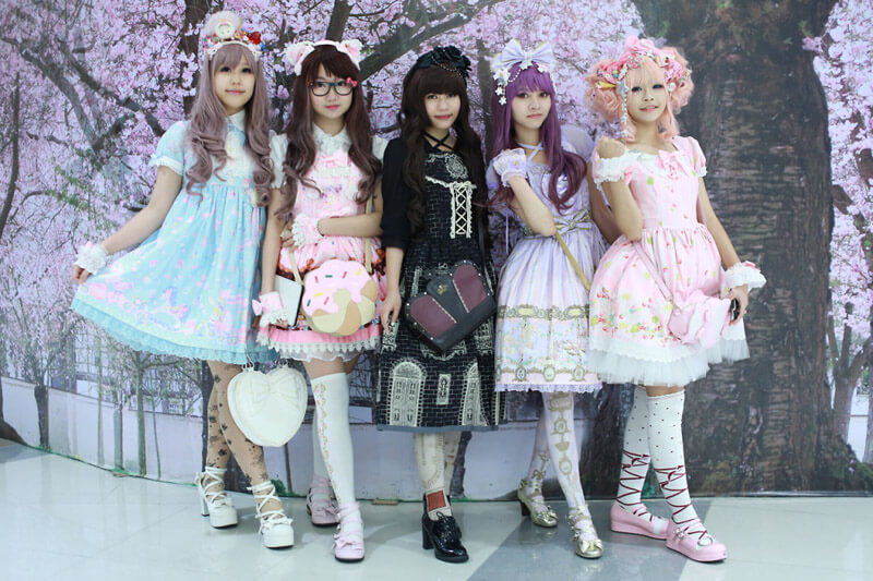 Japanese Girls Take Lolita To A Whole New Level Of Cuteness
