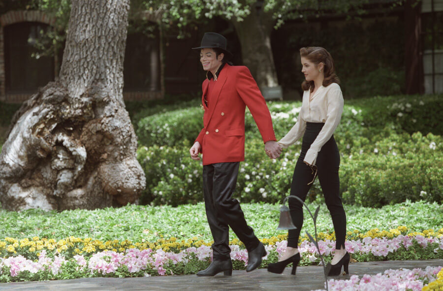 michael-jackson-lisa-marie-presley-wedding-1994.jpg