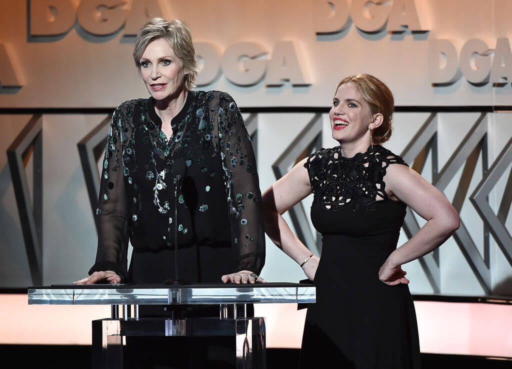 Jane Lynch Stands At 6'0″ Tall
