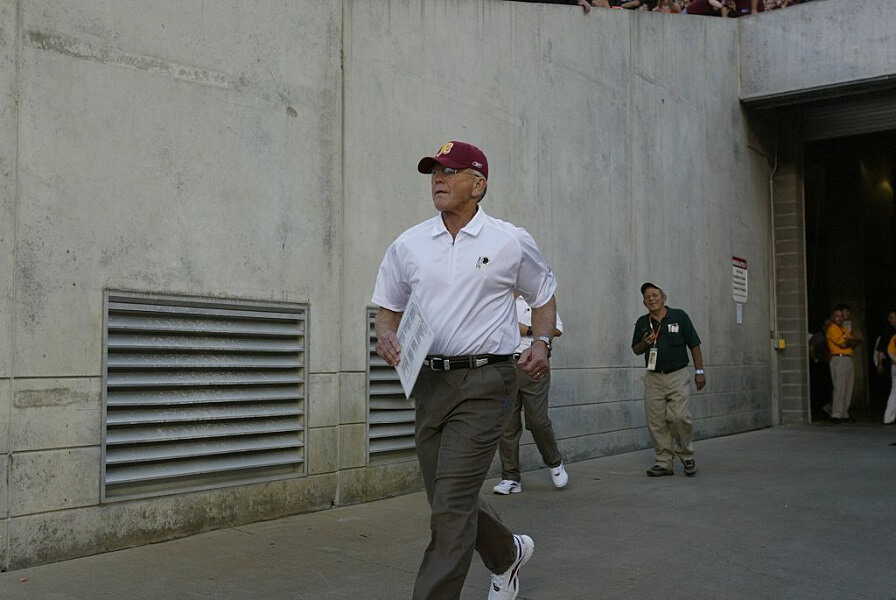 Joe Gibbs once got penalized on back-to-back icing timeouts