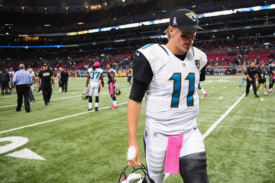 Blaine Gabbert leaving the field disappointed