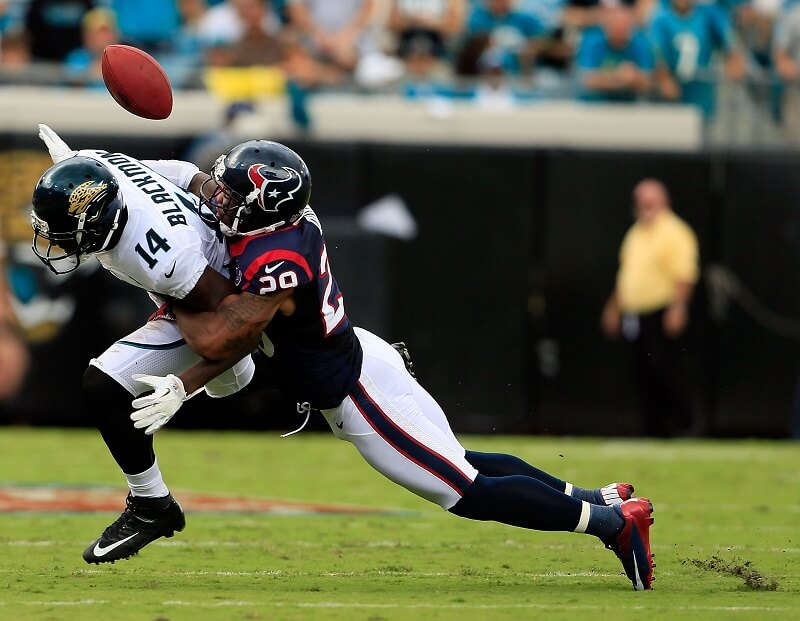 Justin Blackmon getting tackled