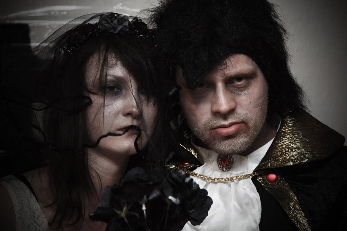 zombie-bride-groom.jpg