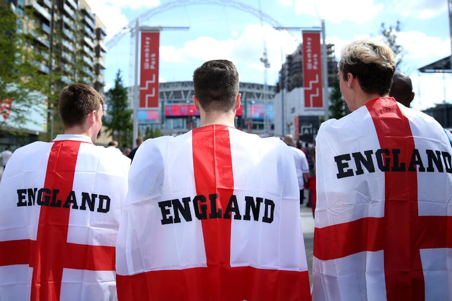 england soccer fans.jpg