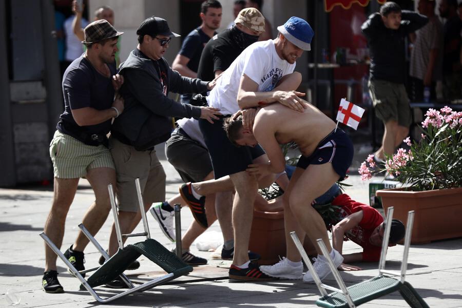 russian fan violence.jpg