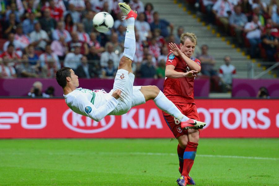 ronaldo scissor kick.jpg
