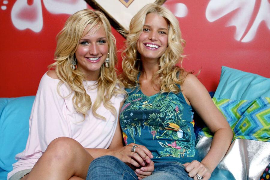 simpson sisters.jpg
