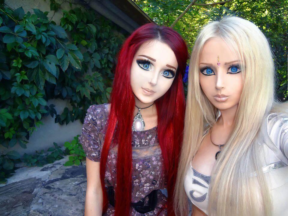 valeria and friend.jpg